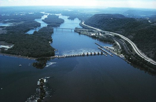Mississippi River Aerial View Image - Science for Kids All About Rivers and Streams