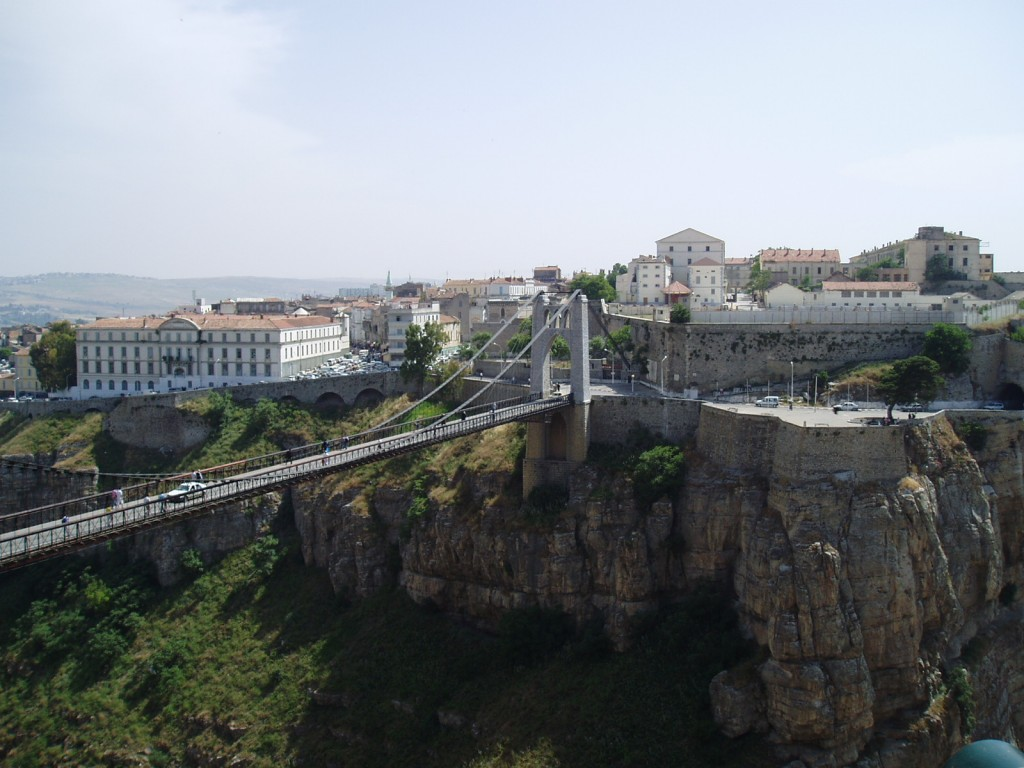 All about Algeria Fun Earth Science Facts for Kids - Image of a Bridge in Constantine, Algeria