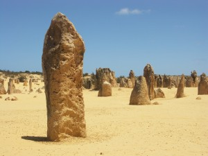 All about Australia Easy Science for Kids - Image of the Pinnacles Desert in Western Australia