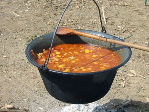 All about Hungarian Goulash for Kids - image of Cooking Hungarian Goulash in a Cauldron