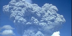 All about the Most Lethal Volcano Eruptions for Kids - the Eruption Column of Mount Pinatubo 3 Days Before the Eruption
