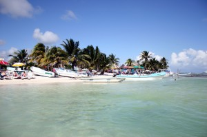 Easy Earth Science for Kids All about Central America - Image of Belize Beach in Central America