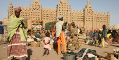 Fun Earth Science Facts for Kids on Mali - Image of the Djenne Mosque in Mali