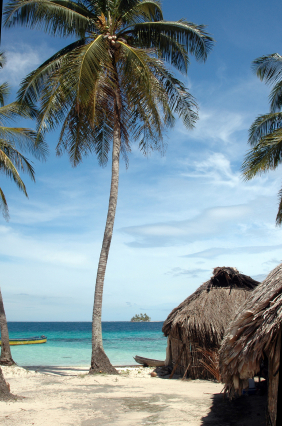 Fun Facts for Kids on Panama - Image of a Beach in Panama