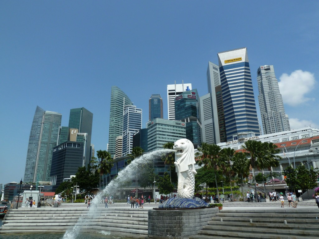 Fun Geography Facts for Kids on Singapore - Image of the Merlion Statue in Merlion Park Singapore