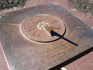 Fun Science for Kids on Keeping Time - the Southern-Hemisphere Sundial in Perth, Australia