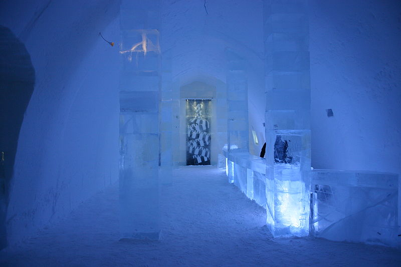 Science for Kids Website on Ice Hotel - Image of the Ice Hotel Bar