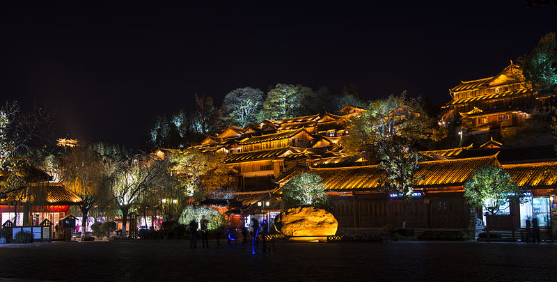 Easy Geography for Kids on Old Town Lijiang - Image of Lijiang at Night