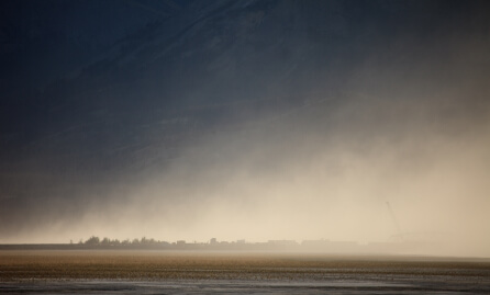 Dust Bowl Quiz - Image of a Dust Storm Covering the Land