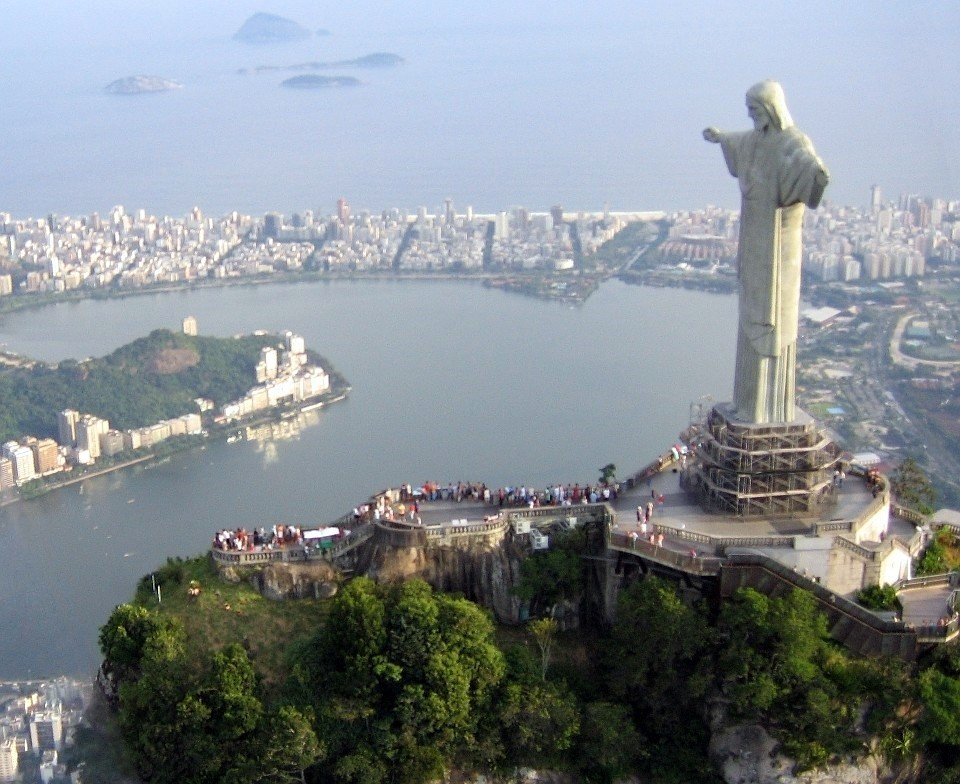 Fun Facts for Kids on the Man-made Wonders of the World - Image of Christ the Redeemer in Brazil