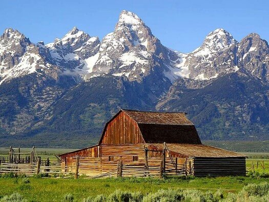 Fun Geography for Kids on Mountains - Image of the Tetons Mountains